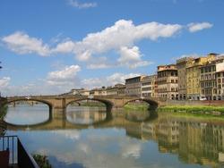 Italy. Florence. River Arno. Bridge.
