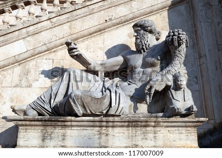 Italy, Rome: profile of the river god of the Nile in front of the facade of Palazzo Senatorio (Capitoline). Statue of the XVI c.
