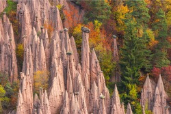 Italy, South Tyrol, earth pyramids, upper part of Bolzano, rock formations, erosion, stones, manifestation of erosion, place of interest, nature