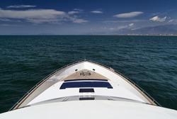 Italy, Tyrrhenian Sea, off the cast of Viareggio (Tuscany), Tecnomar 35 luxury yacht, bow