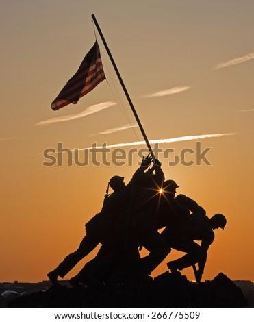 Iwo Jima memorial washington DC predawn