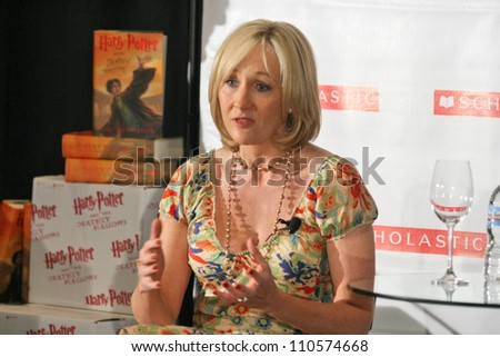 """J.K. Rowling at a press conference to promote her """"Open Book Tour"""". Kodak Theatre, Hollywood, CA. 10-15-07"""