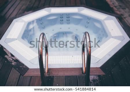 jacuzzi - hydromassage pool at backyard of hotel Foto d'archivio ©