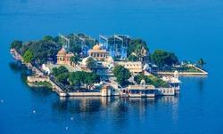 Jag Mandir Palace, Lake Pichola, Udaipur, Rajasthan, India, Asia