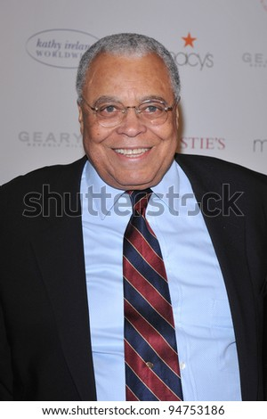 "James Earl Jones at the World AIDS Day presentation of ""Love Letters"" at the Paramount Theatre, Hollywood. December 1, 2007  Los Angeles, CA Picture: Paul Smith / Featureflash"