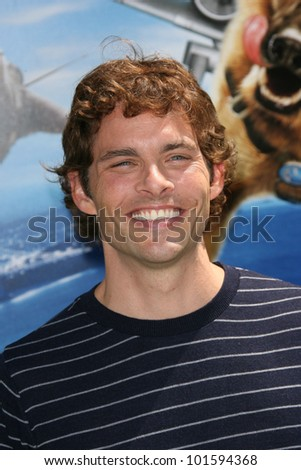 James Marsden at the \