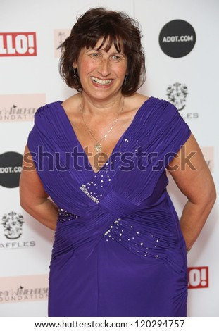 Janis Winehouse arriving at the The Amy Winehouse foundation ball held at the Dorchester hotel, London. 20/11/2012 Picture by: Henry Harris - stock photo