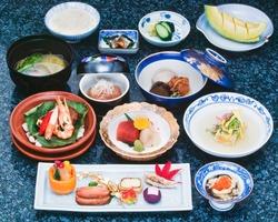 Japanese cuisine, Kaiseki course cuisine