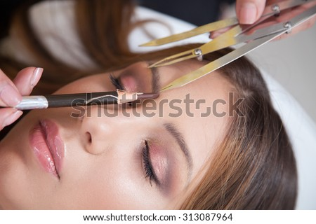 Japanese technique of drawing eyebrows