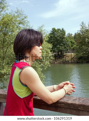 Japanese tourists walk on the banks of the Marne (France Europe)