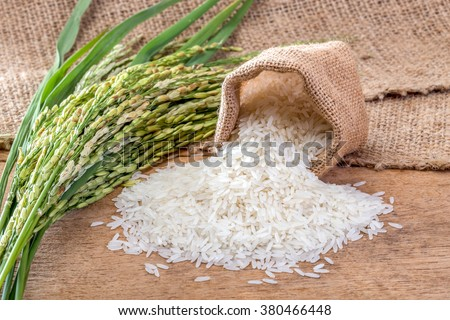 Jasmine rice in sack