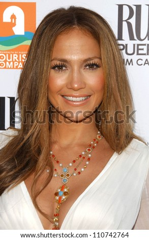 "Jennifer Lopez at the Los Angeles Premiere of ""El Cantante"". Director's Guild of America Theatre, Los Angeles, CA. 07-31-07"