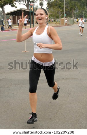 Jennifer Morrison at the Padres Contra El Cancer Annual Stand for Hope 5K Run Walk, Rose Bowl, Pasadena, CA. 06-26-10