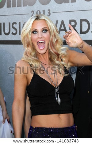Jenny McCarthy at the 2013 Billboard Music Awards Arrivals, MGM Grand, Las Vegas, NV 05-19-13
