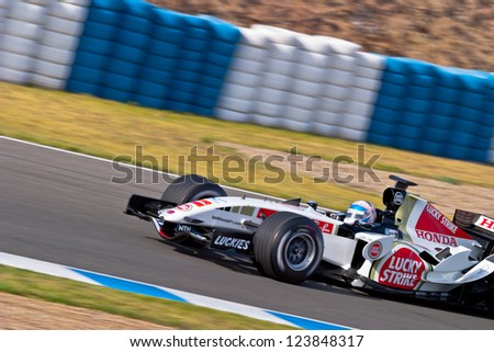 JEREZ DE LA FRONTERA, SPAIN - JUN 22: Anthony Davidson of Bar Honda F1 races on training session on  June 22 , 2005, in Jerez de la Frontera , Spain