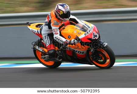 JEREZ, SPAIN - MAY 1 : Andrea Dovicioso of Italy braking hard during the 1 free practice before GP betandwind.com of Spain, May 1, 2009 in Jerez de la Frontera, Spain