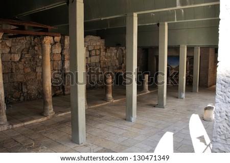jerusalem archaeological underground ancient alley