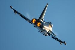 Jet fighter afterburner