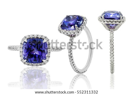 Jewelery with gold diamonds, rings in gold and silver with sapphires and rubies