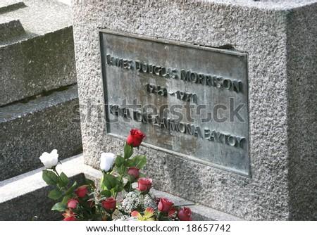 jim morrison of the doors grave ...