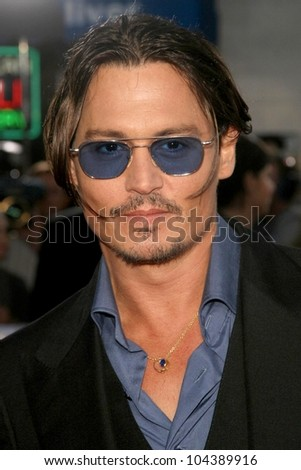 Johnny Depp  at the Los Angeles Premiere of 'Public Enemies'. Mann Village, Westwood, CA. 06-23-09