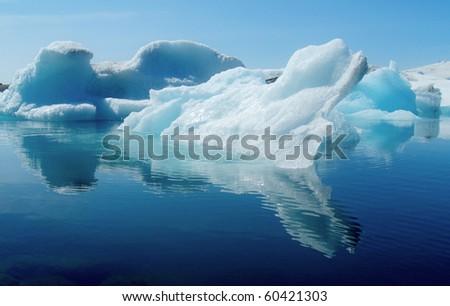 Jokulsarlon, Iceland - Mid summer. melting icebergs from vatnajokull glacier floating in Jokulsarlon lagoon