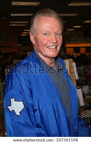 Jon Voight  at an in store appearance by Brooke Shields signing copies of her book 'Welcome To Your World, Baby'. Borders, Northridge, CA. 08-23-08