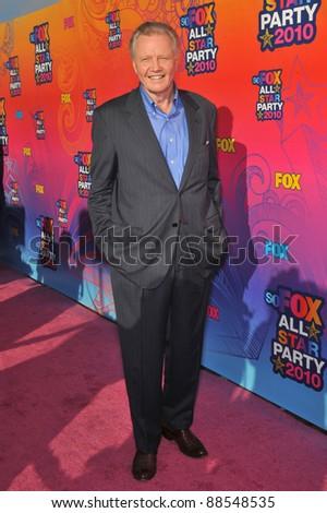 Jon Voight at Fox TV's All Star Party at Santa Monica Pier. August 2, 2010  Santa Monica, CA Picture: Paul Smith / Featureflash - stock photo