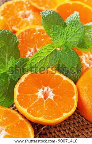 Juicy tangerine and mint