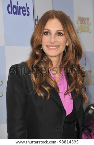 "Julia Roberts at the world premiere of her new movie ""Mirror Mirror"" at Grauman's Chinese Theatre, Hollywood. March 17, 2012  Los Angeles, CA Picture: Paul Smith / Featureflash"
