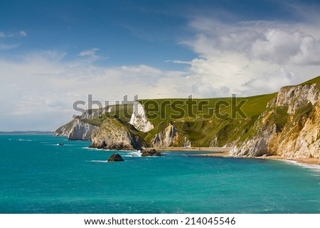 Jurassic coast belong to UK\'s most important natural heritage sites thanks to its rich fossil deposits.