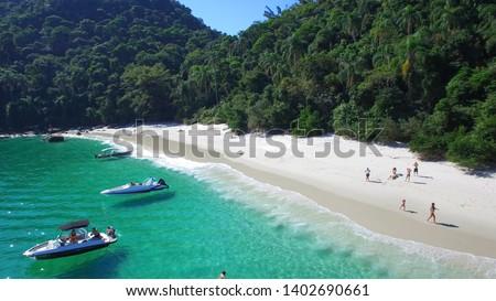 Jurubaiba Beach (Dentist) - Gipóia Island - Angra dos Reis - Rio de Janeiro - Brazil  Stock foto ©