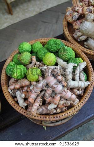 Kaffir Lime(Bergamot) and Ginger Root in baster