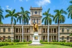 Kamehameha statues and State Supreme Court, hawaii