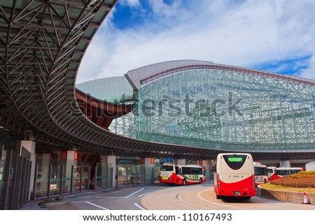 KANAZAWA, JAPAN - MARCH 28 :Kanawaza bus station has a beautiful modern architecture,  as a part of Kanazawa train station, people can alter their routes by bus on March 28, 2012 in Kanazawa, Japan.
