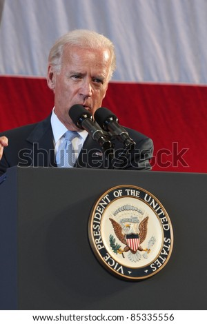 KANEOHE BAY, HI - 25 AUGUST - Vice President Joe Biden delivers a speech in front of Sailors and Marines at Marine Corps Base Hawaii following a trip through Asia. Kaneohe Bay, HI on 25 August 2011