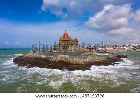 Kanyakumari - Vivekananda Rock Memorial & Thiruvalluvar Statue photographs while sunrise. Aerial Photos of Vivekananda Rock & Thiruvalluvar Statue, Kanyakumari
