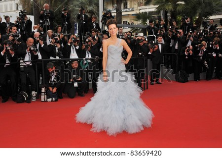"""Kate Beckinsale  at the premiere of """"Robin Hood"""" the opening film at the 63rd Festival de Cannes. May 12, 2010  Cannes, France Picture: Paul Smith / Featureflash"""