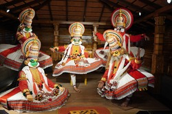 Kathakali performers during the traditional kathakali dance of Kerala's state in India. It is a major form of classical Indian dance related to Hindu performance Malayalam-speaking region of Kerala.