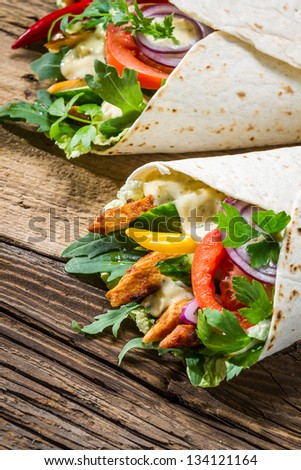 Kebab with vegetables and chicken