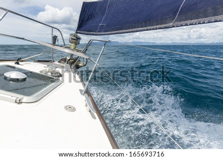 Over-keel Images and Stock Photos - Avopix com