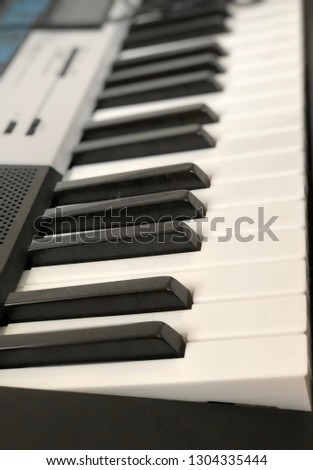 Keyboard Instrument Music #1304335444