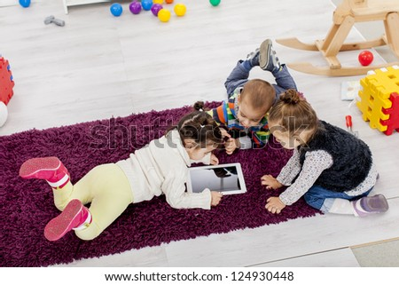 Kids with tablet