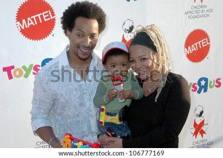 Kim Fields with Christopher Morgan and son Chip  at the 15th Annual Dream Halloween to benefit the Children Affected by AIDS. Barker Hanger, Santa Monica, CA. 10-25-08