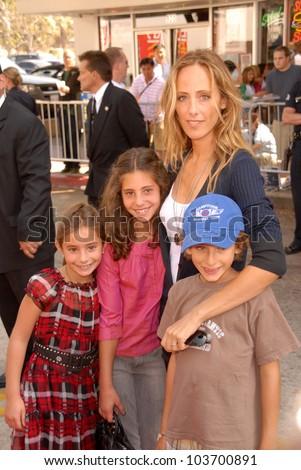 Kim Raver and family