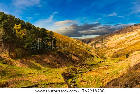 Kinder Scout, England. View from above, with dramatic sky and clouds. Stock foto ©