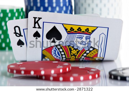 King and Queen pocket with chips in the background