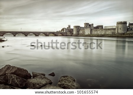 King John's Castle is a castle located on King's Island in Limerick, Ireland, next to the River Shannon.Black and white photo