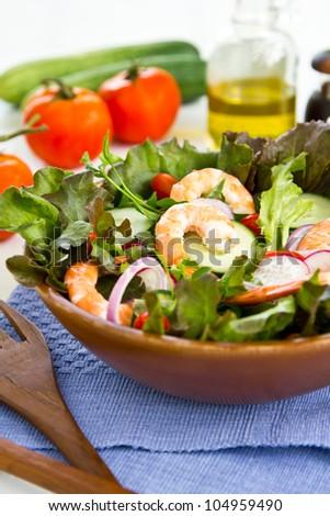 King 's Prawn salad