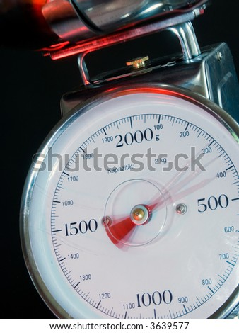 Kitchen Scale with moving needle (stroboscopic flash used)